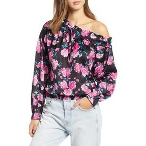 NWT Kendall + Kylie floral off shoulder blouse